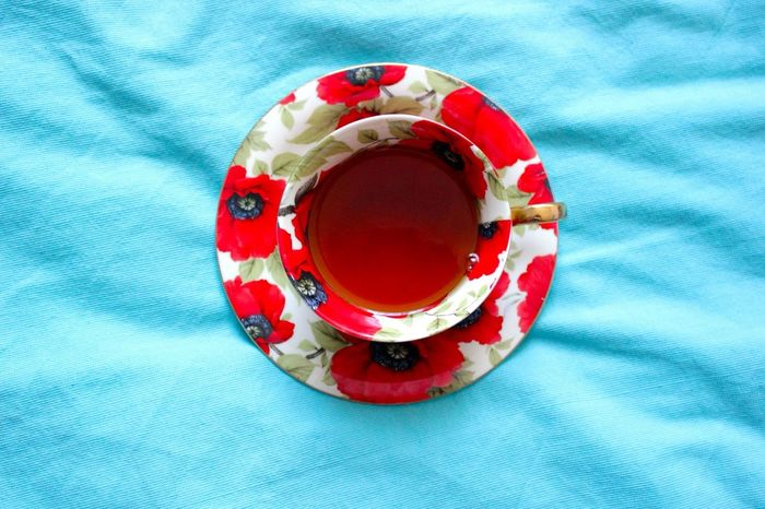 My favorite thing about life - contrast. Tea Contrast Colors Cup