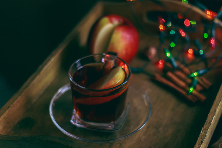 Hot black tea with apple and cinamon