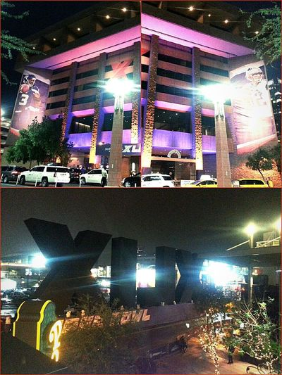 Mytown As Usual💚 Downtownphoenix Superbowl49 Superbowlcentral NFL Experience Taking Photos Hanging Out Darkness And Light Enjoying Life