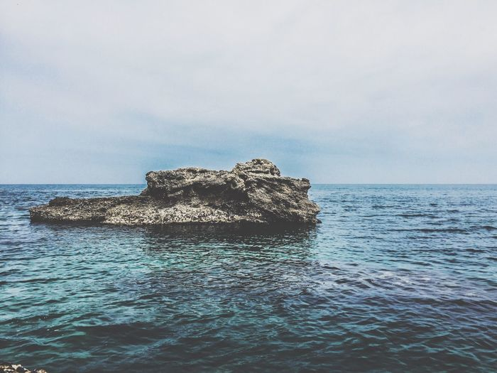 EyeEm Best Shots EyeEmNewHere EyeEm Selects Sea Water Sky Horizon Over Water Horizon Beauty In Nature Scenics - Nature Nature Waterfront Tranquility Day Tranquil Scene No People Rock - Object Rock Cloud - Sky Solid Outdoors Rippled First Eyeem Photo EyeEmNewHere
