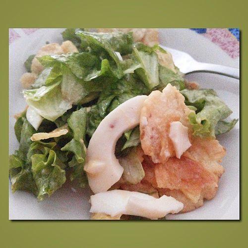 Berkah pagi ini ... Selada Kentang Telur Salad ... alhamdulillah ... makasih bunda @yayah_siti ;)