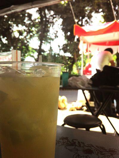 Es Kelapa Muda Hi! Hello World Hot Weather Relaxing TRY IT!!! Feel Free EyeEm Indonesia EyeEmBestPics Surabaya City