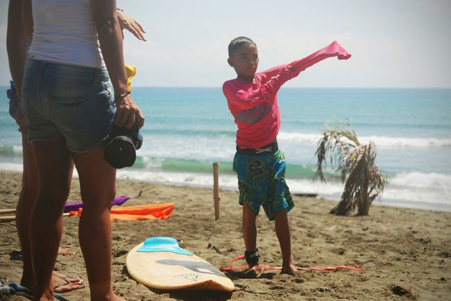 Live To Learn Eyeem Philippines EyeemPhilippines RePicture Motherhood Mother And Child Surfing Life Surfingphotography