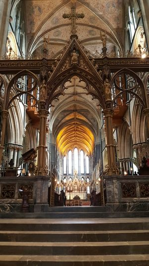 Samsungphotography Samsung Galaxy S6 Grave Cathedral Worcester Cathedral Worcester King John King John Resting Place City Place Of Worship Arch Religion Railroad Station History Architecture Built Structure Ceiling Stained Glass Interior