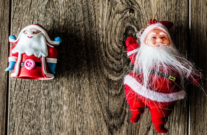 Two Santas compared Backgrounds Christmas Christmas Around The World Christmas Decorations Close Up Photography Close-up Decoration Eye4photography  Photography Santa Santa Claus