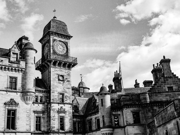 Dunrobin Castle, Scotland Dunrobin Castle Scotland Old Castle Old Buildings Clock Sky Architecture Building Exterior Built Structure Cloud - Sky Clock Tower Historic History Castle The Past