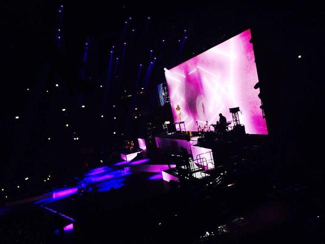 Arianagrande Concert Honeymoon Honeymoontour Ari Arianator Loveuariana 💕
