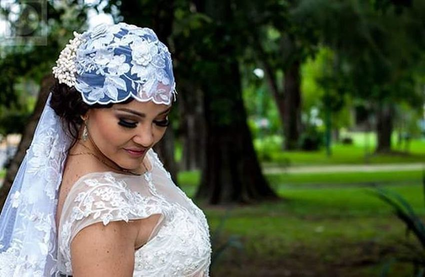 Fotodeboda Novias Vestidodenovia Wedding Velodenovia Ramos RamoDeNovia Boda Retratodeboda