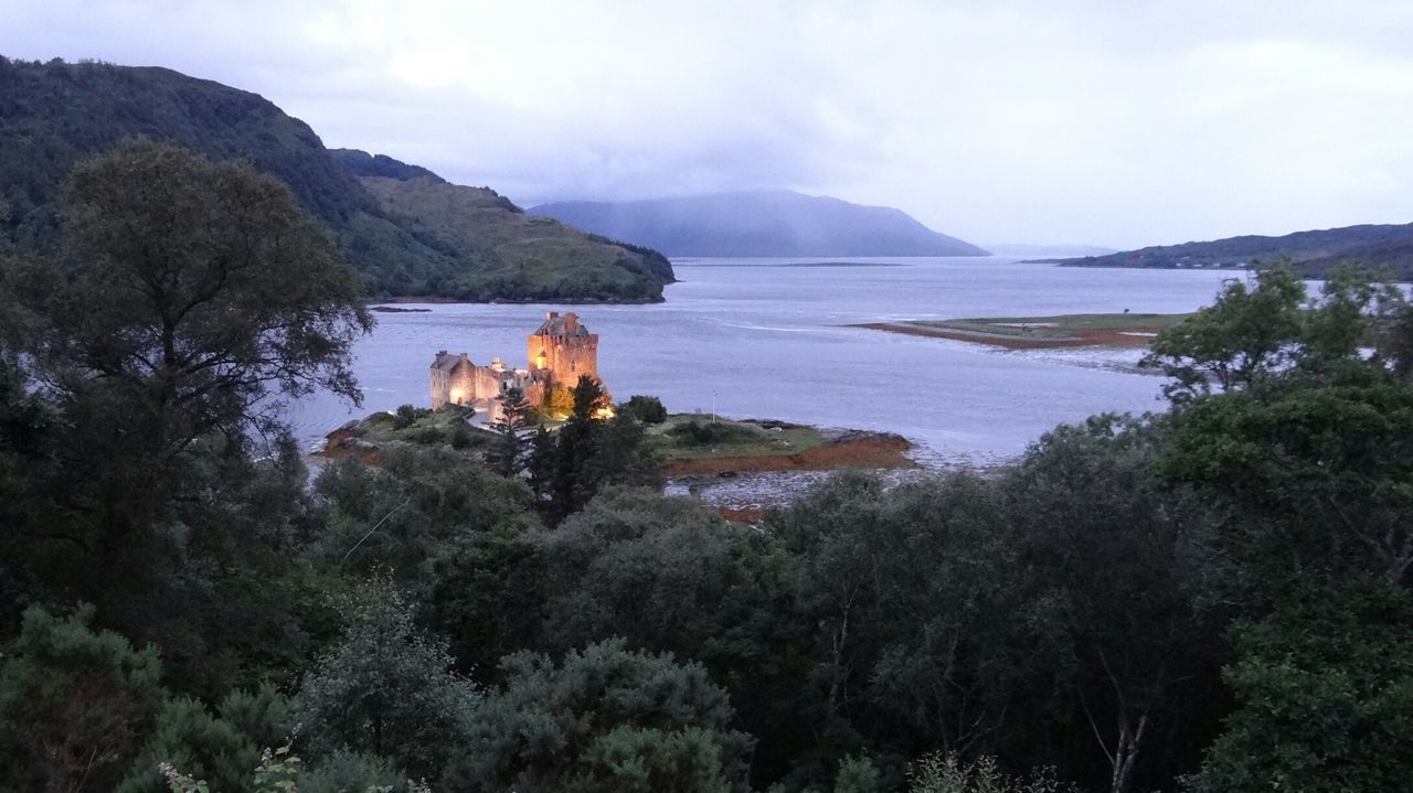 Old Castle Night View Evening Light Scotland Landscape Travel Photography EyeEm Best Shots EyeEm Gallery Eilean Donan Castle A Moment Of Zen... Eyeem Scotland  Landscapes With WhiteWall The Great Outdoors With Adobe
