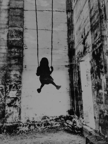 Scenic Abstractions Eye4photography  EyeEm Exploring EyeEm_abandonment AMPt - My Perspective Abandoned Swinging Light And Shadow Black & White