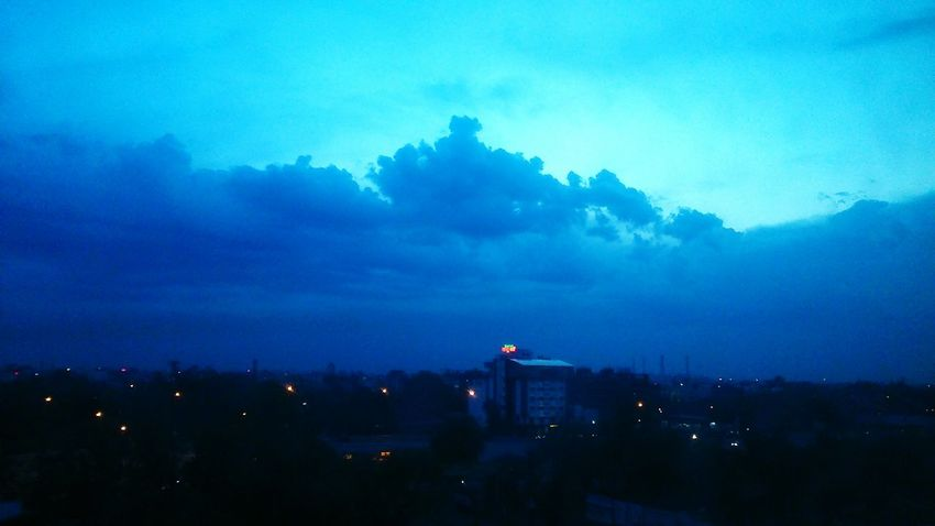 I love this weather!! Clouds And Sky Wasting Time Rain The View From My Window Check This Out Cityscape Taking Photos Relaxing