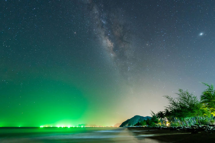 Landscape view of Milky way in night sky Hua Hin Prachuap Khiri Khan Thailand Astronomy Aurora Polaris Galaxy Landscape Milky Way Nature Night Outdoors Sea Space Space And Astronomy Star Star - Space Star Field Water