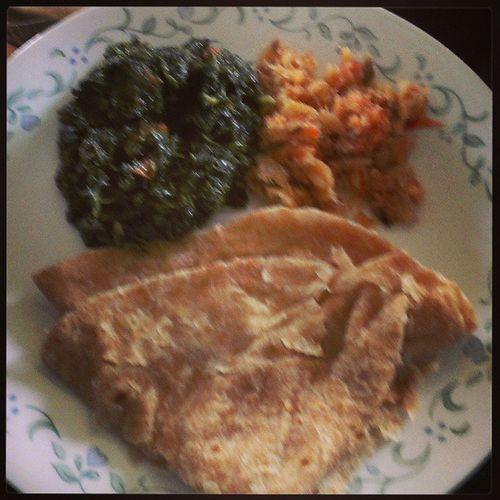 Lunch time!!! Bhagee SaltFish Wholewheatroti Peppersauce Guyanesestyle grandmamakesthebestfood lash