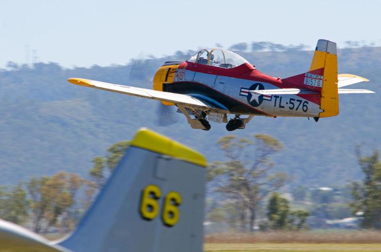 Airplane T-28,Vintage Airplanes, Warbird Military Airplane Warbirds Vintage Aircraft Airshow Take Off Display