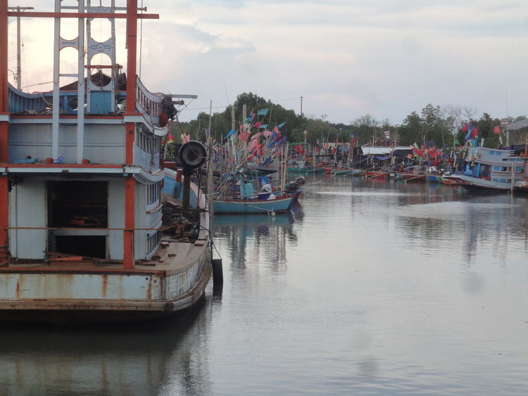 Boat Canal Cha Am Fisherman Fishing Boat Harbor Harbour Huahin Old Old Boat River Rural Rural Scenes Ships Thailand Tourism Transportation Water Waterfront