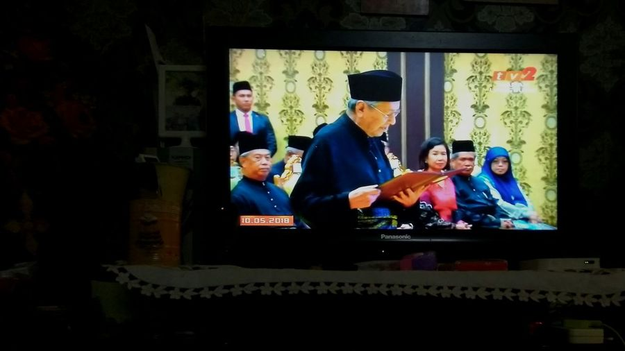 Reborn of Malaysia, indeed, a historic moment. A day (9th May 2018) to be remembered forever. Change of ruling government due to revolution of Malaysians towards a better country- photo captured from TV2 (Prime Minister Swearing Ceremony) #proudmalaysian Historic Men