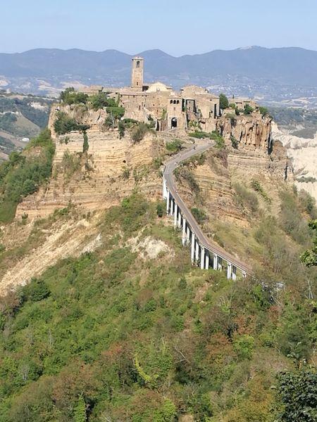 la città che muore Ancient Civilization Old Ruin Ancient Castle Fort History Tree High Angle View The Past Architecture