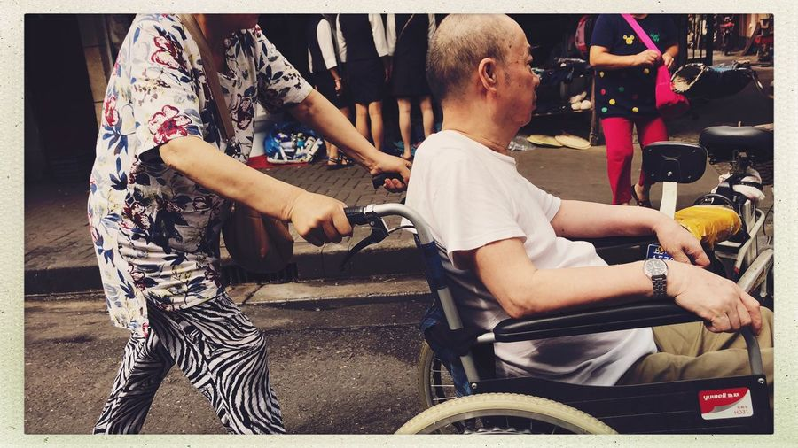Citylife Shanghai Streetphotography Real People Auto Post Production Filter Transfer Print Lifestyles Men Leisure Activity Togetherness Two People Sitting Childhood Bonding Casual Clothing Women Child Side View Adult People Females Males  Day