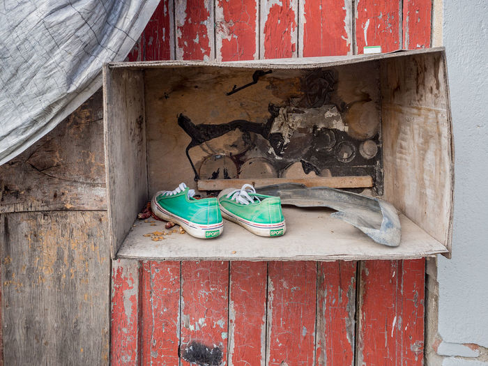 Shanghai The Week On EyeEm Built Structure China Close-up Day No People Shoes Streetphotography Wood - Material