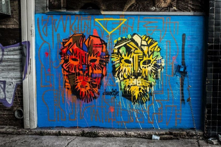 Multi Colored Spraycan Londres London LONDON❤ UrbanART Londra Spray Paint Streetartphotography Street England🇬🇧 Urbanarts Spray Can Artwork Graffiti Art Graffiti Streetart Creativity StreetArtEverywhere STRRET ART/GRAFFITI Art