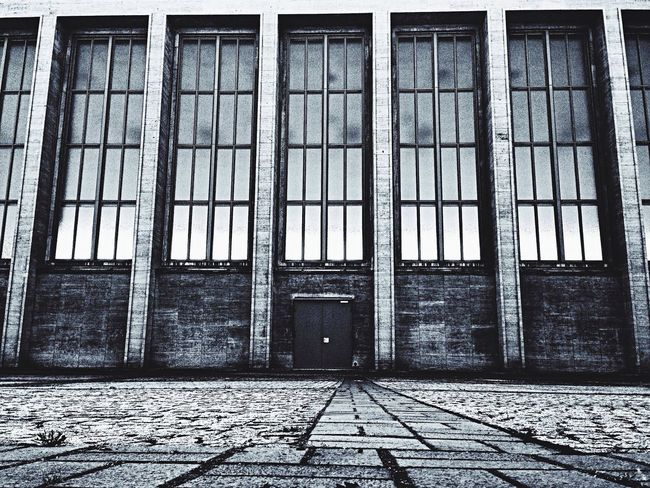 Berliner Fassaden Black And White Deutschland. Dein Tag Architecture