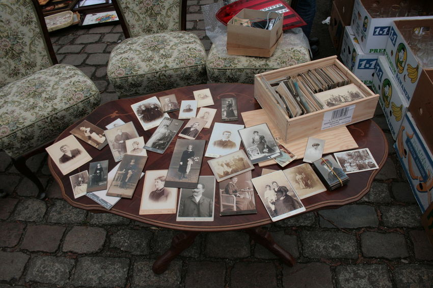 Berlin Berlin Photography Families Wood Berliner Ansichten Dark Wood Dark Wood Table Day Flea Market Heirloom Heritage High Angle View Large Group Of Objects Memorizing Memory No People Old Old Foto  Old Fotos Outdoors Street Vintage Vintage Furniture Vintage Objects