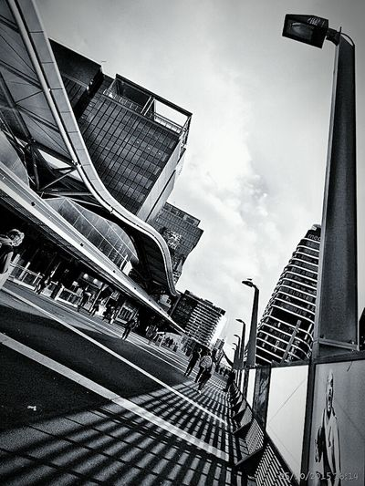 Melbourne CBD Life In Australia EyeEm Outdoors Check This Out The Week Of Eyeem Hello World Eyeem Photography My Capture  Fresh On Eyeem  My Point Of View Outdoor Photography Australia Victoria Melbourne City Sky And Clouds Street Photography Buildings City Center Exploring New Ground Architecture Curves And Lines Black And White Photography Monochrome Fine Art Photography