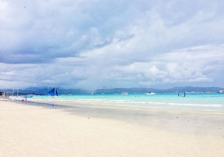 Boracay has the best clear water beach! Boracay Philippines Philippines Photographylovers Beautifuldestinations Nature Photooftheday Urbanphotography Skyscape Seascape Beachphotography Bestbeach Photography IPhoneography