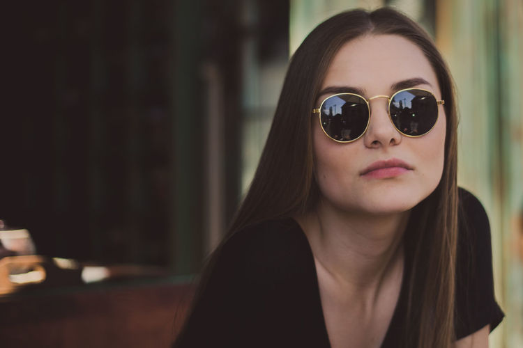 Beautiful Woman Beauty Brown Hair Focus On Foreground Front View Glasses Hair Hairstyle Headshot Indoors  Leisure Activity Lifestyles Long Hair Looking At Camera One Person Portrait Real People Young Adult Young Women