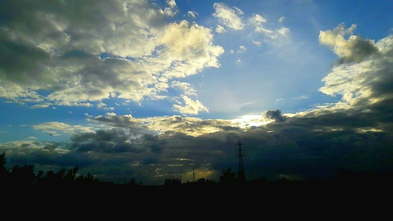 Smartphonephotography Beauty In Nature Cloud - Sky Nature Sky Outdoors Tree Day No People Scenics Sunset Holiday Sun ☀ Random Photo Time Tunisia <3 Winter Silhouette Nature Simplicity Randomclick