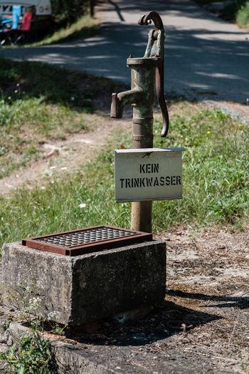Grass Kein Trinkwasser Pump Pumpe Rust Wasserpumpe Beton Rusty FUJIFILM X-T2