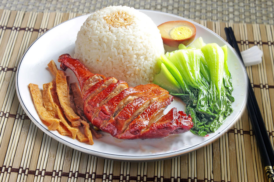 Roasted Duck with Rice, Chinese Food Appetizer Chinese Food Close-up Cooked Delicious Food Food And Drink Freshness Indoors  Indulgence Meal Plate Ready-to-eat Roast Duck Roast Pork Roasted Duck Sand Serving Size Temptation Vegetables