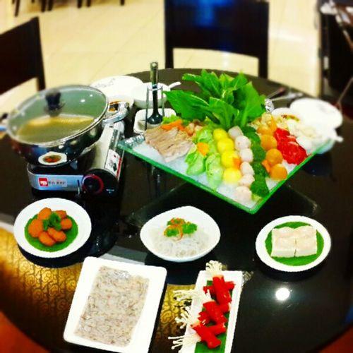 Lunch Break Steamboat Maystar Cuisine Aerotelsmile Hotel Makassarcity Sulawesi Selatan