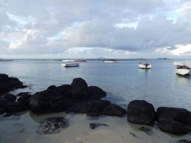 Beach Boats Calm Mauritius Mauritius Island  Ocean Sea Tranquil Scene Tranquility Vacations Water île Maurice