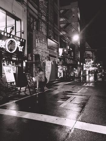Blackandwhite Blackandwhite Photography Streetphotography Streetphoto_bw Street Night Light And Shadow Light City