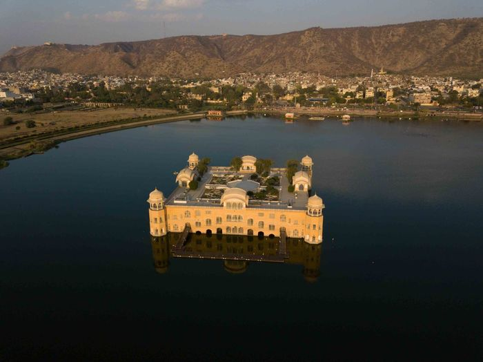 High angle view of jal mahal in lake