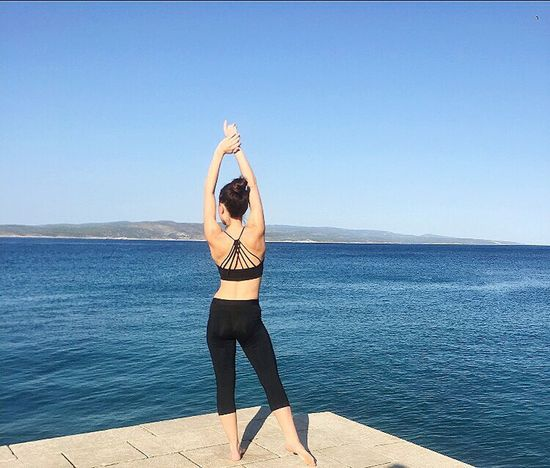 Athleisure Fabletics Athletics Athletic Female Athletic Training Athlete Life.. Fitness Fitness Training Fitnessmotivation Fitnesslifestyle  Fitness Time Fittness Exercise For The Day... Exercising Excercise Time Fitnessmodel Fitnessfashion Fashionstyle Fashion Dalmatia Sea Blue Sea Jetty Fishing Village People And Places