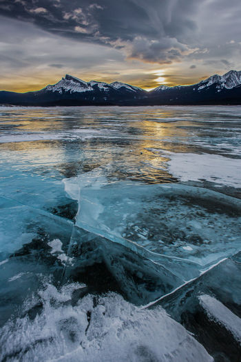 Lake Abraham Beauty In Nature Cloud - Sky Cold Temperature Day Frozen Ice Lake Mountain Nature No People Outdoors Scenics Sky Snow Sunset Tranquil Scene Tranquility Water Winter