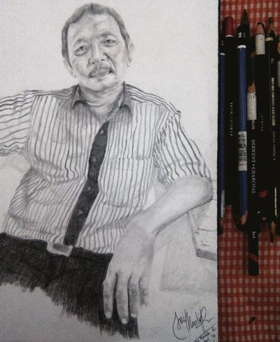 Finish... Next project! 👌😊 Sketching Art Black And White Painting Drawing ArtWork Welcome To ArtWorld Unlimited Pencil Drawing Pencilart Skecth Art, Drawing, Creativity PowerRangerPelangi Eye4black&white  Pose Eye4photography