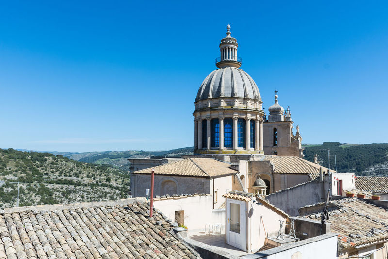 Ragusa - Scorcio Italiano Ragusa Ibla, Sicily Architecture Building Exterior Built Structure Clear Sky Day Dome Inspector Inspector Montalbano Inspector Police No People Outdoors Place Of Worship Ragusa Ragusa Ibla Ragusaibla Religion Roof Sky Spirituality Tiled Roof