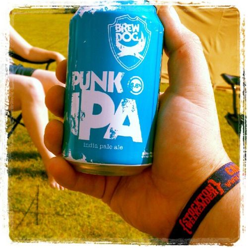 Breakfast time. @brewdog @stcktnweekender Brewdogging BeRudeNotToo
