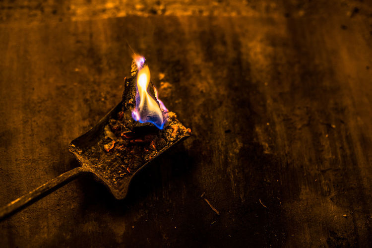Dark Dark And Light Hot Ashes Dirty Fire Fire And Flames Fire Place Glow Glowing Glut Glut Und Asche Shovel Shoveling Warm