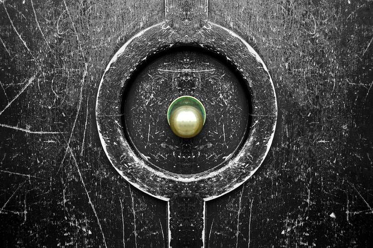 Door Doorknob Circle Geometric Shape Shape No People Backgrounds Close-up Full Frame Sphere Pattern Single Object Design