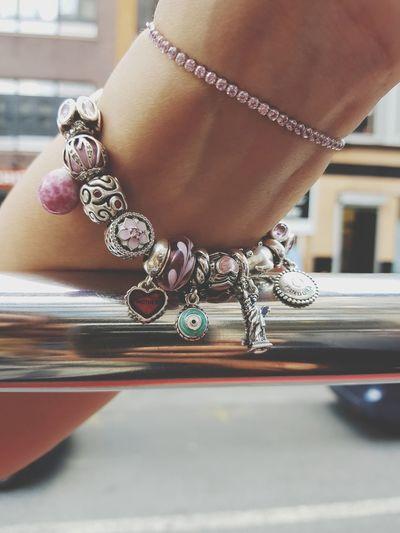 Jewelry Fashion Bracelet Human Hand Jewelry Store Luxury Pandora Bracelet  Charms Liberty