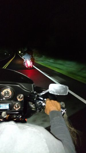 Midnight run Hanging Out Enjoying Life Harleyride Headinghome Outforaride Country Road HarleyDavidsonMotorcycles Outdoor Photography Country Life Harleylife Harley Davidson Harley-Davidson Biker