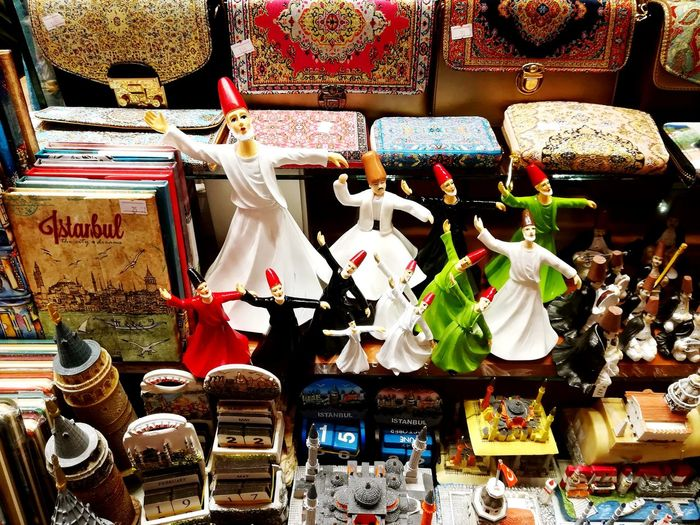 mısır çarşısı Turkey Istanbul Konstantinopolis Bedestençarşısı Turkeyphotooftheday Travel Bazaar Mevlana Mevlevi çarsı Bazaar Travel Photography Choice Variation Retail  For Sale Text Market Stall Close-up