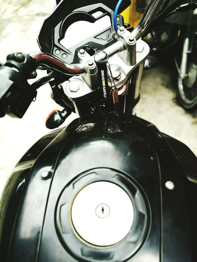 Drivesafely Motorcycle MC Streetbike Keychain Reminder