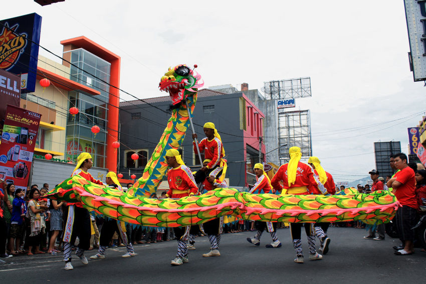Liong Attractions Lion Architecture City Crowd Day Domestic Animals Imlek Imlek 2016 Large Group Of People Mammal Men Occupation Outdoors People Real People Sky Spectator