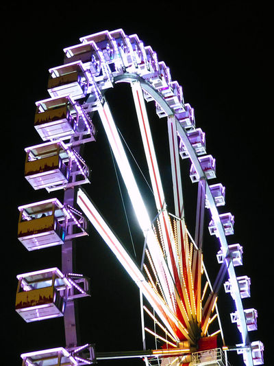 Bremen Bremer Freimarkt Citylights Colorful Neon Color Neonlights Nightlights Nightshot Riesenrad Ferris Wheel At Night Ferris Wheel