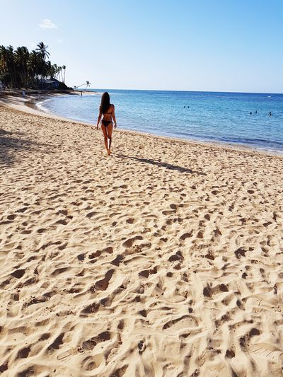 Beach Sand Sea Only Women Horizon Over Water Vacations Summer Water Nature Sand Dune Model Shoot Model Pose Beauty In Nature Model Modelgirl Model Photography Lifestyle Punta Cana, Dominican Republic Love Enjoyment Young Women Walking Women